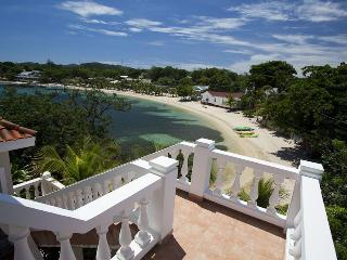 Beachfront Villa with Pool in Heart of West End - Roatan vacation rentals