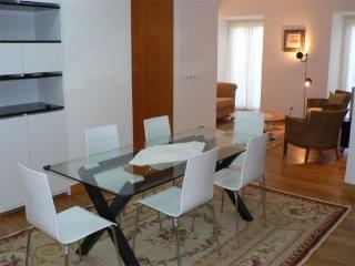 Apartment in Lisbon 33 - Chiado - managed by travelingtolisbon - Lisbon vacation rentals