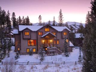 Wintertime in Breckenridge, exterior view - Chelsea House - Breckenridge - rentals