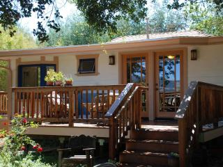 Penngrove Gardens Cottage, Petaluma, Sonoma County - California Wine Country vacation rentals