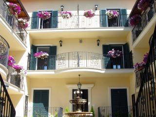 AURELIA VATICAN APARTMENTS - Rome vacation rentals