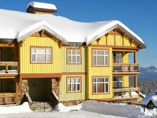 Crescent 102 Whitehorse Lane Location Sleeps 5 - Big White vacation rentals