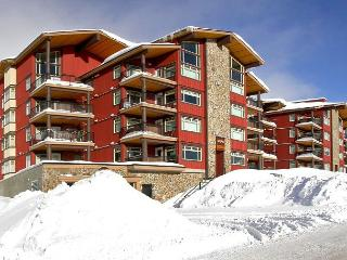 Raven 106 Happy Valley Location Sleeps 9 - Big White vacation rentals