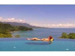 Wow... Don't miss this Luxury Oceanfront Villa!!! - Dominical vacation rentals