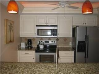 Newly remodeled beautiful gulf side 2BR #305GS - Sarasota vacation rentals