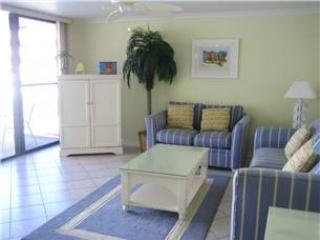 2BR beach paradise, King bed, TVs, accents #306GS - Sarasota vacation rentals