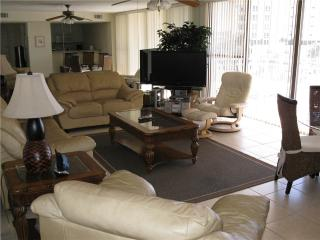 Charming 2BR with Gulf view, renovated kitchen #311GV - Sarasota vacation rentals