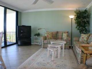 Lovely 2BR with renovated baths, TV/DVD #316GF - Sarasota vacation rentals