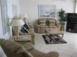 Gulf View 2BR with stereo, TV/DVD #505GS - Sarasota vacation rentals