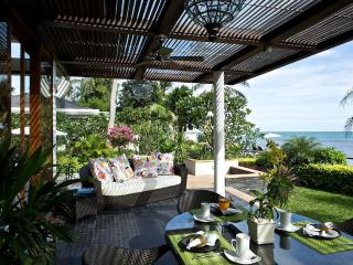 Luxury - Right on the Beach! - Koh Samui vacation rentals