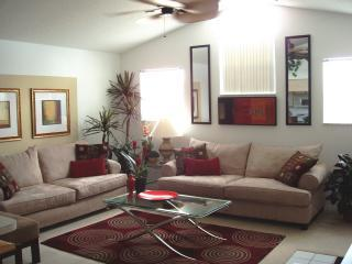 Gather the family in this gorgeous family room! - POOL-SIDE PARADISE! Near Disney!  Low $'s, Pool! - Kissimmee - rentals