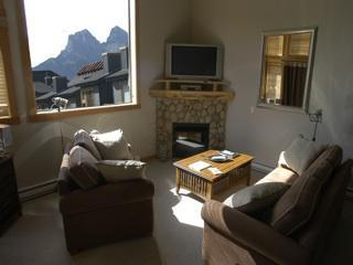 Downtown Penthouse, Contemporary Film Memorabilia - Canmore vacation rentals