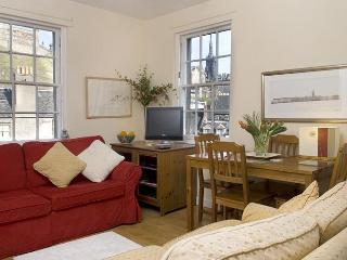 Grassmarket - Greatbase - Edinburgh vacation rentals