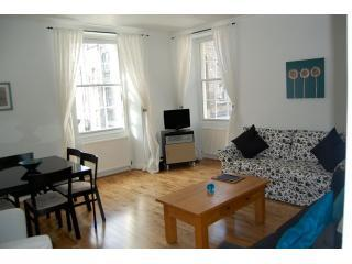 Edinburgh Flats: Princes St Self Catering(Rose St) - Edinburgh vacation rentals