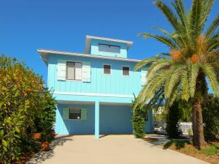 Plumfish is just gorgeous - Plumfish Water Views! 50% OFF SEPTEMBER TRAVEL! - Anna Maria Island - rentals