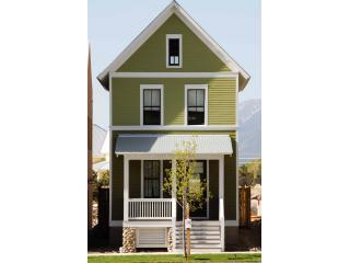 New 2 Bed Victorian on South Main Street - South Central Colorado vacation rentals