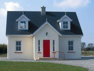 Kilmore Cottage Exterior - Kilmore Cottage 4 star home on an organic farm - Kilmore - rentals
