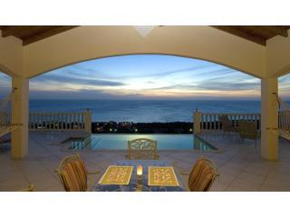 Perfect Sunset of Caribbean Sea with vanishing edge Pool - Flamingo Villa - Book Now for 2015!! - Curacao - rentals