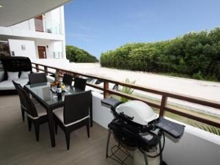 Lavishly Adorned Beachside Retreat - Mujeres Bail. - Playa del Carmen vacation rentals