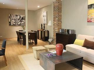 Stylish loft in the Marais Rue Chapon - apt #460 - Paris vacation rentals