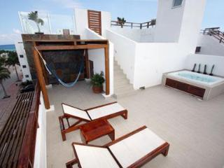 Steps to the Enchanting Turquoise Water - Turquesa - Yucatan-Mayan Riviera vacation rentals