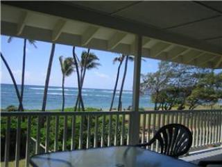 Kapa'a by the Sea Beachfront Home-AC, Sun/Moonrise - Kapaa vacation rentals