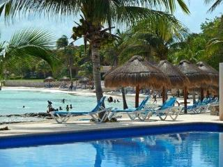 Beachside Studio Chac Hal Al A-103 - Not Available for Christmas and New Year - Puerto Aventuras vacation rentals