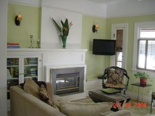 Living Room - Elegantly Charming Craftsman Duplex- Hollywood - Hollywood - rentals