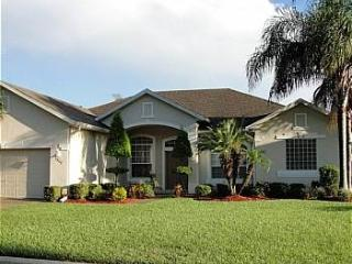 Luxurious property in a beautiful setting, near golf - GC1317 - Davenport vacation rentals