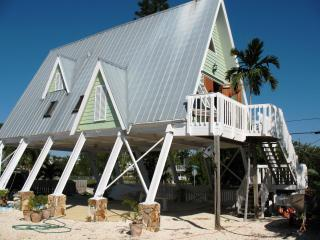 One of a Kind, Romantic, Peaceful,Key Largo Beauty - Miami vacation rentals
