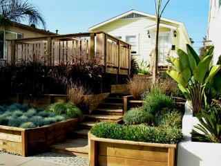 STEPS TO THE BEACH - Ocean Beach ORCA Cottage - San Diego vacation rentals