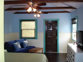 Steps From The Beach: Ocean Beach Seahorse Cottage - San Diego vacation rentals