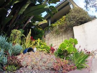 2 Minutes to Downtown! Mission Hills Spanish Condo - San Diego vacation rentals