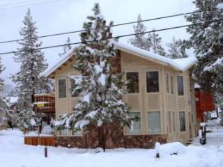 BEST DUPLEX IN TOWN BY THE BEACH & GONDOLA - South Lake Tahoe vacation rentals