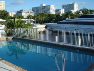 5 STAR LUXURY 4/3 WATERFRONT HEATED POOL HOME! - Fort Lauderdale vacation rentals