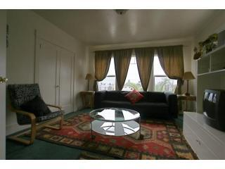 1703 - Livingroom - Great location, N Berkeley, (03) 1 block from UCB - Berkeley - rentals