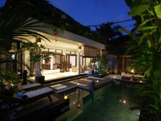 Villa Kipas - Luxury Villa - 2 mins walk to Beach - Seminyak vacation rentals