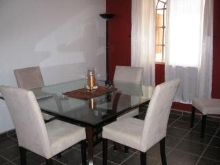 CASA FANTASTICA! 10 minute walk to beach & town! - Bucerias vacation rentals