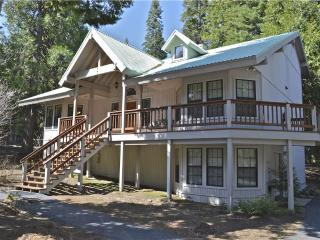 Beckett Cabin - Shaver Lake vacation rentals