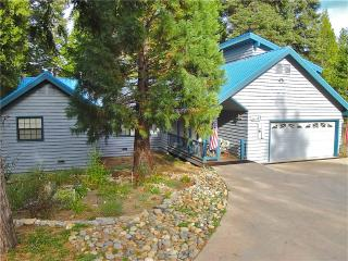 Jaenicke Cabin - High Sierra vacation rentals
