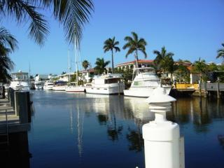 4236 e tradewinds 038525x400 - 4/2 WATERFRONT, POOL,LAUD BY SEA 3 BLKS BEACH - Fort Lauderdale - rentals