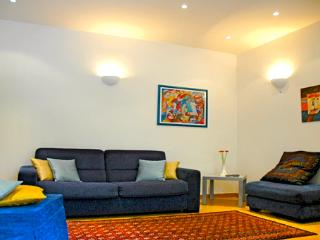 Great location, Luxury Apartment Coliseum. WIFI - Rome vacation rentals