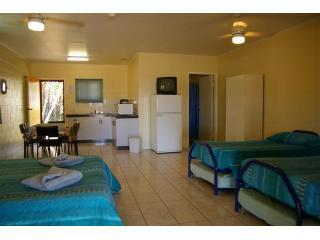 Ash's Holiday Units Karumba Queensland - Karumba vacation rentals