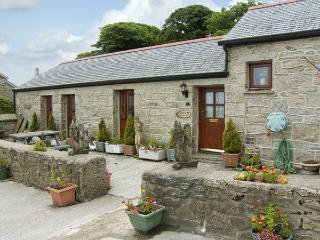 DAIRY COTTAGE, with a garden in Mabe Near Falmouth, Ref 1042 - Mabe vacation rentals
