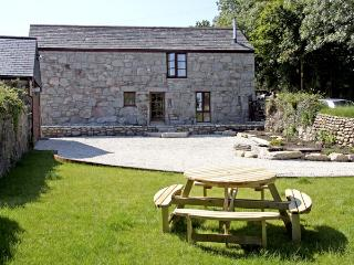 TREVELLYAN FARM, family friendly, character holiday cottage, with a garden in Lanivet, Ref 2967 - Lanivet vacation rentals