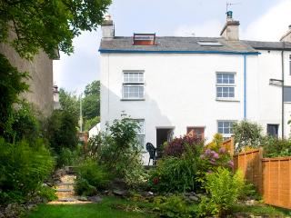 1 MOUNT PLEASANT COTTAGES, pet friendly, character holiday cottage, with multi-fuel stove in Greenodd, Ref 2144 - Cumbria vacation rentals