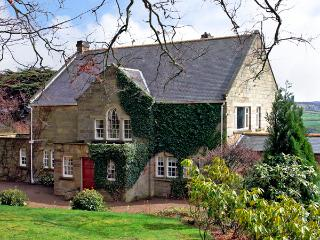 BEECH HILL MANOR, pet friendly, character holiday cottage, with a garden in Aislaby Near Whitby, Ref 2377 - Aislaby vacation rentals
