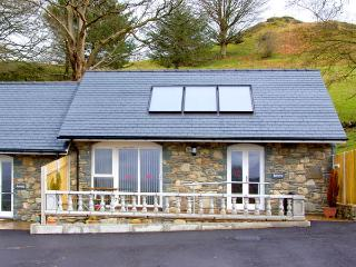 BERWYN COTTAGE, family friendly, character holiday cottage, with a garden in Bala, Ref 2826 - Bala vacation rentals