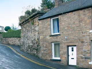 BRIDGE COTTAGE, pet friendly, character holiday cottage, with a garden in Haltwhistle, Ref 1203 - Haltwhistle vacation rentals