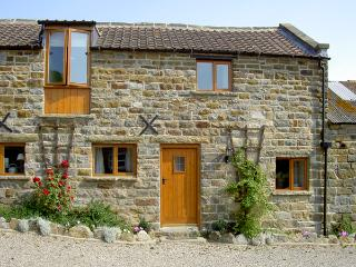 HAYLOFT COTTAGE, pet friendly, character holiday cottage, with a garden in Staintondale, Ref 1210 - North Yorkshire vacation rentals